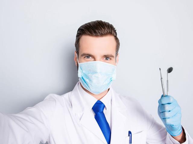 انتخاب دندان پزشک خوب | شرکت ستاره گنبد مینا