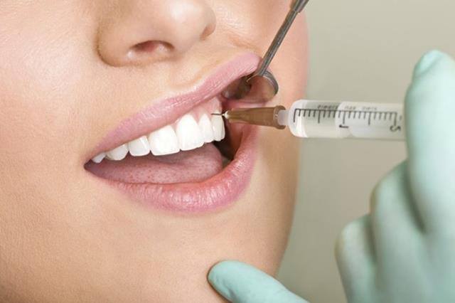 لزوم انجام بی حسی برای عصب کشی دندان | نخ دندان مینا