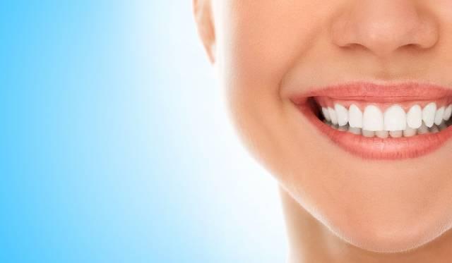 ارتباط سلامت دهان و دندان و خوب جویدن غذا | شرکت نخ دندان مینا