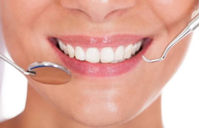 ضرورت مراقبت از مینای دندان   شرکت نخ دندان مینا
